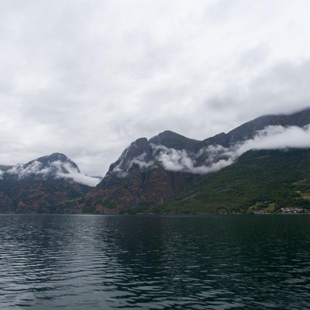 Суровые Норвежские фьорды