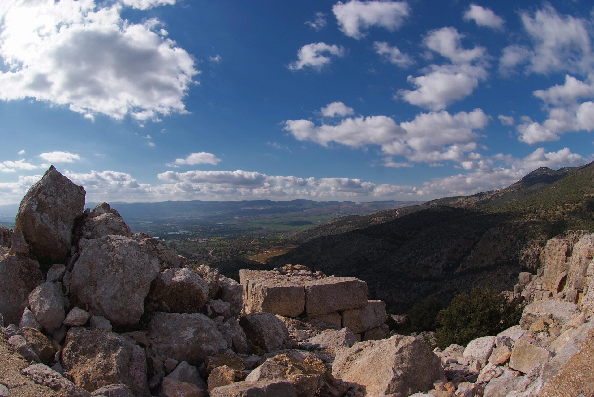 Северные Голаны-замок Нимрод.