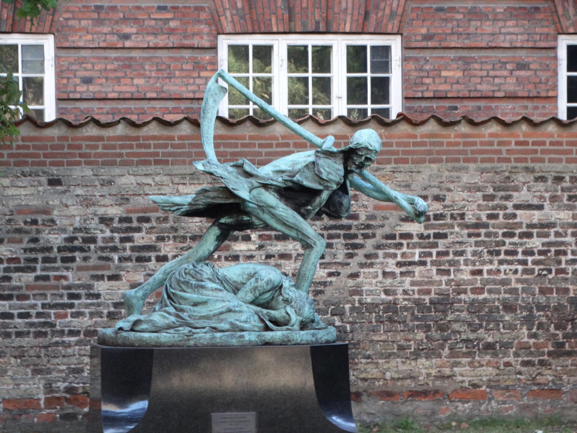 Вцветущей Дании, где свет увидел я… (Г.Х.Андерсон)