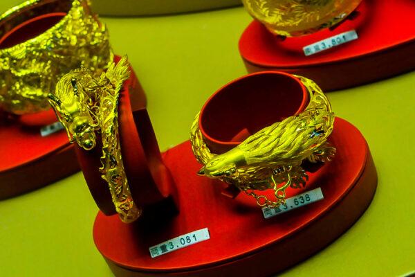 Luxury по-китайски, или прилавки ювелирных вГонконге